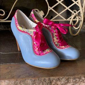 Poetic license London high heels